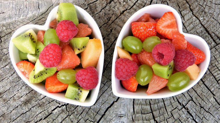 healthy fruit bowls - low sodium - heart healthy snacks