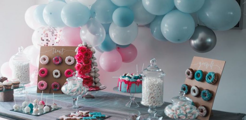 Learn a few easy steps to planning a seamless fun baby shower